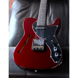 G&L USA ASAT Classic Thinline Limited Run (Ruby Red Metallic, Rosewood FIngerboard)