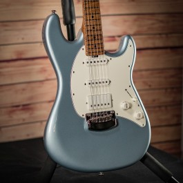 Music Man Cutlass RS Roasted Flame Maple (Firemist Silver)