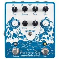 EarthQuaker Devices Avalanche Run Stereo Reverb + Delay